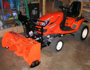 Kubota-GR2120_tractor-and-GR2846A