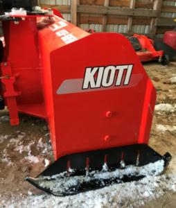Kioti KS50-160FM Cut Series 24 inch skid image 2